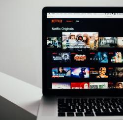 翻译公司说说网飞 (Netflix) 作为语言学习工具的功效