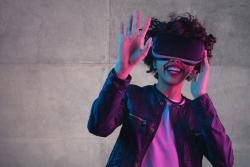 本地化增强和虚拟现实内容